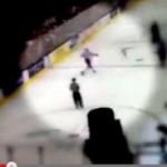Российскому хоккеисту грозит суд за удар канадского болельщика клюшкой (видео)