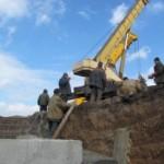 Вокруг Мариуполя построят около 100 км укреплений (фото)