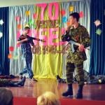 В школе Донецка детям показали, как правильно убивать украинцев