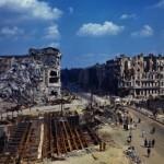 Как Берлин выглядел после 9 мая (редкая хроника)