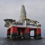 ООО «Газпром» построил на бурильной установке плавающий храм