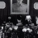 Московский патриархат православной церкви создан Сталиным в 1943 как структура КГБ