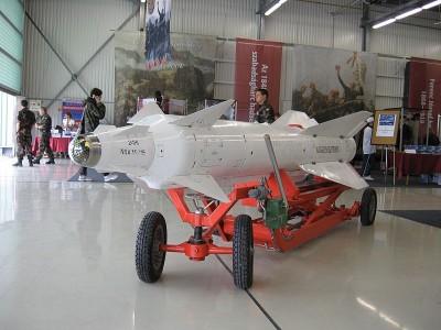 800px-Kh-29L_1[1]