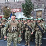 На Майдане и на Хрещатике — новая украинская армия