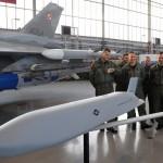 «Локхид Мартин» начинает интеграцию на борт F-16 ВВС Польши ракет-невидимок JASSM