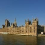 Лондон заморозил почти все политические контакты с Москвой