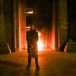 Известный художник Павленский поджег двери здания ФСБ на Лубянке