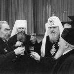 Патриарх РПЦ Кирилл призвал вспомнить о заслугах Сталина перед Россией