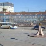 В Тюмени доллары можно достать уже только за 100 рублей