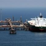 Эксперты прогнозируют обвал цен на нефть до 20 долларов за баррель к лету
