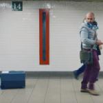 Представлен «еврейский чемодан» XXI века: бегает за хозяином, как собака