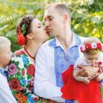 Dolce & Gabbana опубликовали фото украинской семьи в рамках флэш-моб