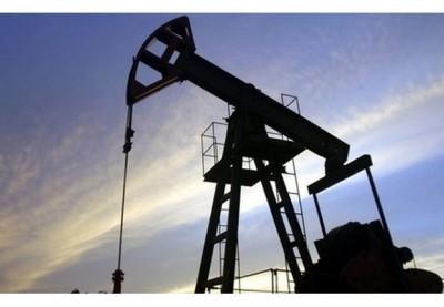 Нефть дешевеет из-за роста объемов добычи в странах ОПЕК