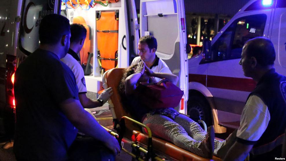 Террористы планировали захват заложников ваэропорту Стамбула