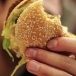 Макдональдс закрывается в Венесуэле из-за нехватки хлеба