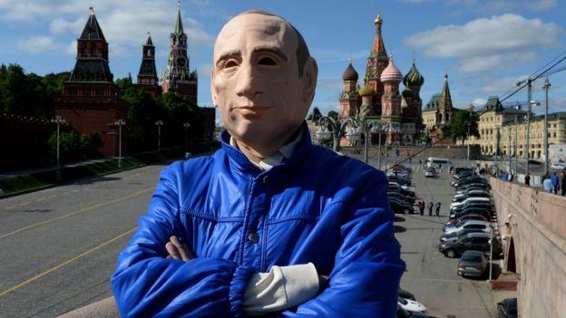 Русский писатель попросил политическое убежище вгосударстве Украина — ГПСУ