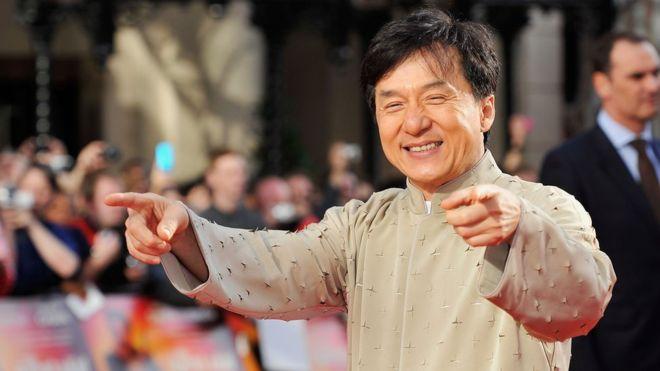 Джеки Чану вручат «Оскар» завыдающиеся заслуги вкинематографе