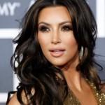 Ким Кардашьян удерживали в заложниках в парижском отеле