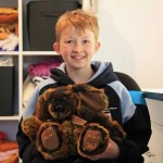 12-летний мальчик сшил более 800 игрушек для больных детей