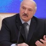Лукашенко заявил, что уже 25 лет заваливает Россию белорусскими креветками