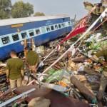 В Индии число погибших в катастрофе поезда возросло до 142 человек