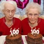 Самая старая двойня мира отпраздновала 100 лет