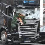 Теракт в Берлине: бортовой компьютер остановил грузовик и спас еще несколько жизней