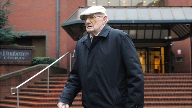100-летний старик признан виновным всовращении детей