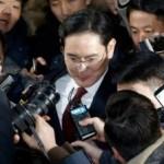 В Южной Корее выдали ордер на арест главы Samsung