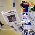 Японская страховая компания заменяет 34 сотрудника на роботов