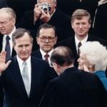 Джордж Буш-старший в тяжелом состоянии в больнице