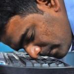 Индиец доказал, что обладает самым быстропечатающим носом в мире (видео)