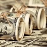 Курс доллара — рубль начал постепенно обваливаться