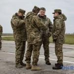 Угроза агрессии нависла по всей линии границы с РФ – Порошенко