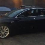 Илон Маск показал прототип Tesla Model 3