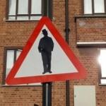"""В Лондоне рядом с синагогой появился знак """"Осторожно, евреи!"""""""