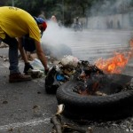 Военные хотят поддержать народные волнения в Венесуэле