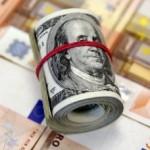 С понедельника новый виток обвала рубля и рост доллара