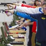 """Украинец выиграл """"золото"""" на Кубке мира по пулевой стрельбе"""