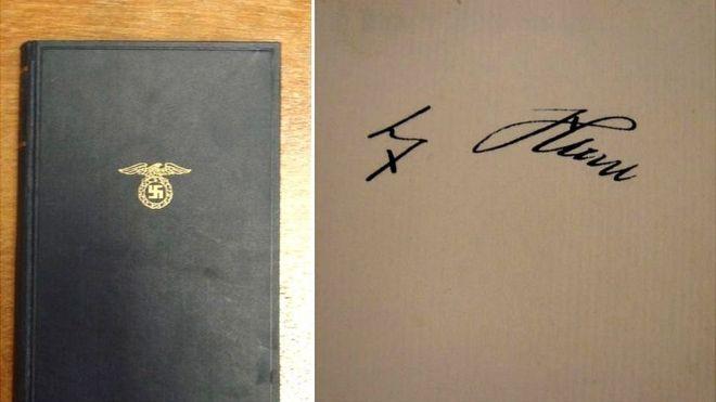 В Великобритании реализуют редкостный экемпляр Mein Kampf савтографом Гитлера
