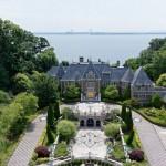 Изящный дворец миллиардера-эмигранта из СССР продается за 85 млн.долларов