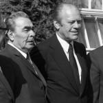 The Atlantic рассказал, как Брежнев обещал переизбрать Джеральда Форда на пост президента США