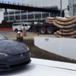 Маск показал как лифт будет опускать автомобили в скоростные туннели под Лос-Анджелесом (видео)