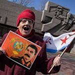 Почти половина россиян поддерживает сталинские репрессии