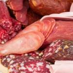 «Кго-то переработали» — эксперты обнаружили ДНК человека в колбасе российской компании
