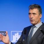 Расмуссен раскритиковал заявление Юнкера об Украине