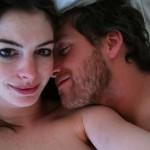 Хакеры выложили интимные фотографии Энн Хэтэуэй и ее мужа
