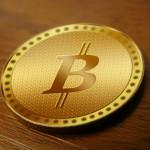 Пирамида криптовалюты Bitcoin начала обваливаться