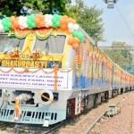 В Индии дизельные составы превратят в поезда солнечных батареях