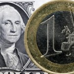 Курс доллара в среду продолжает наступление на другие валюты